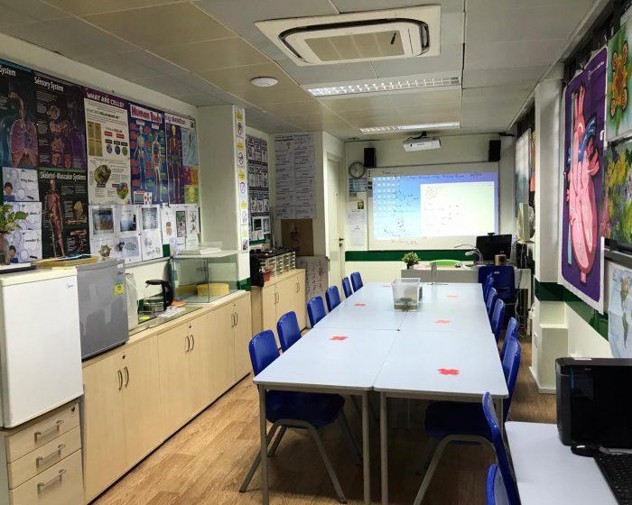 Science Room 700x560